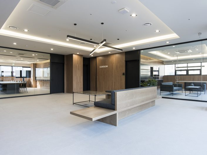 COVISION-CONFERENCE ROOM